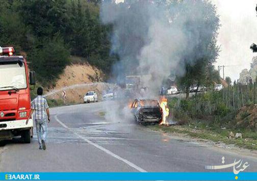 آتش گرفتن «مگان» در جاده ساری_ کیاسر-عبارت
