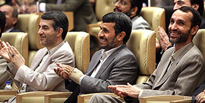 مشایی+احمدی نژاد+بقایی