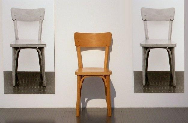 سه صندلی + عبارت