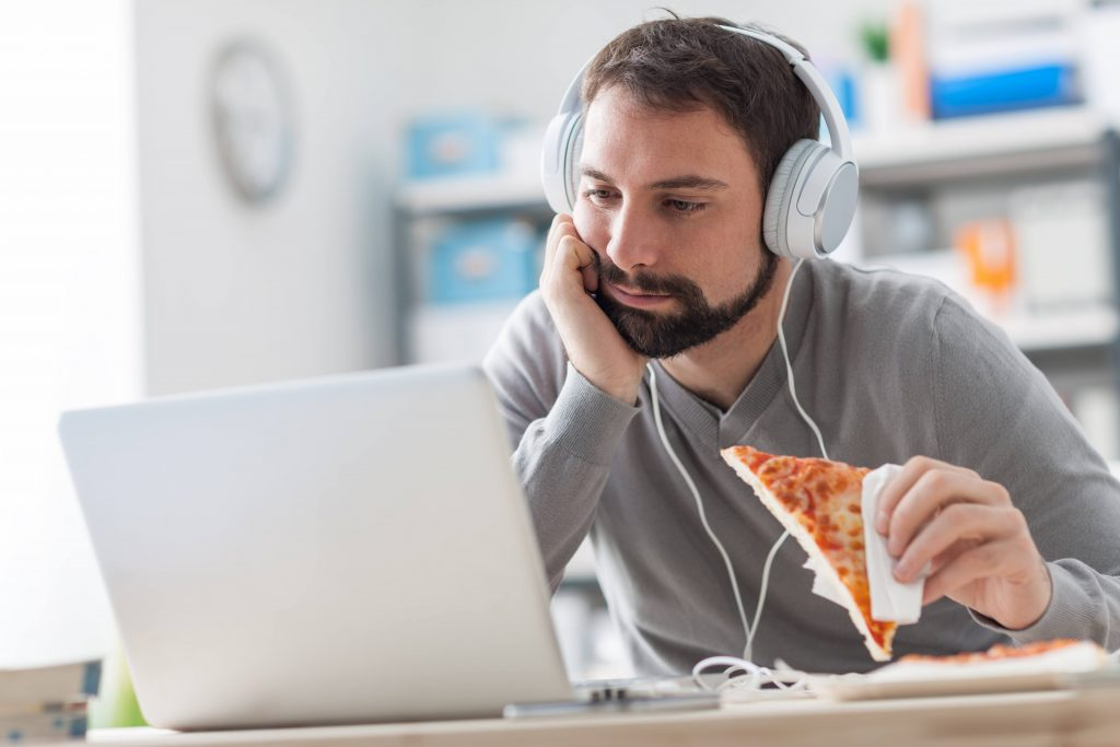 خوردن پیتزا + عبارت