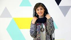 بازیگر زن افغان روی فرش قرمز تهران+عبارت